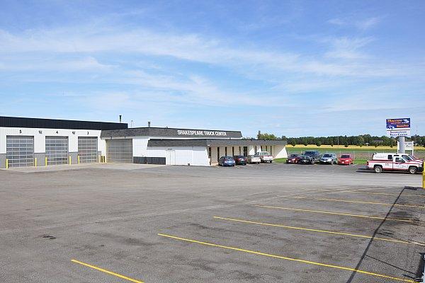 TruckPro : Shakespeare Truck Center - Garage