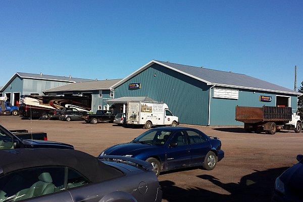 TruckPro : Palmer Automotive & Truck Center - Garage